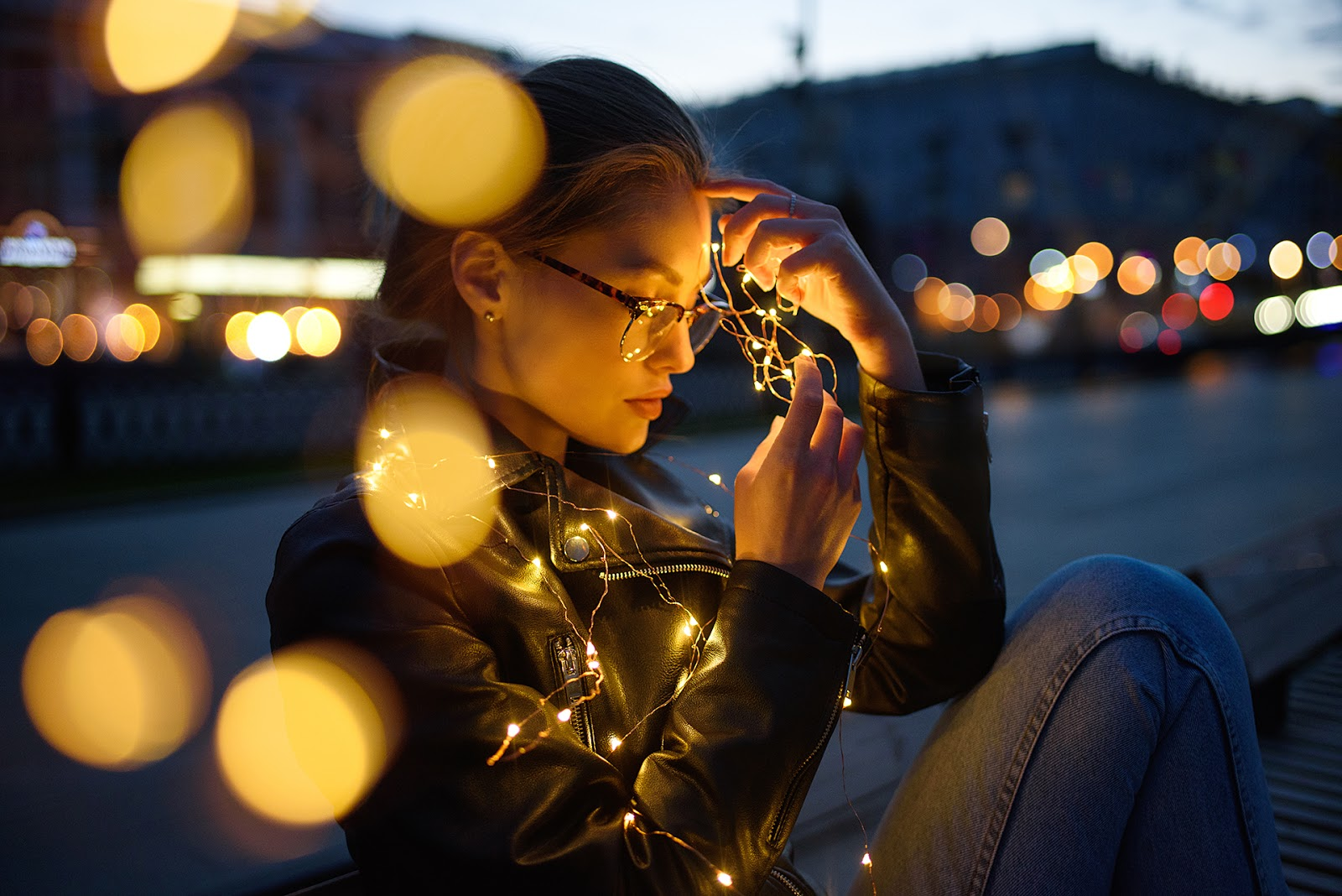 Портрет со светодиодной гирляндой