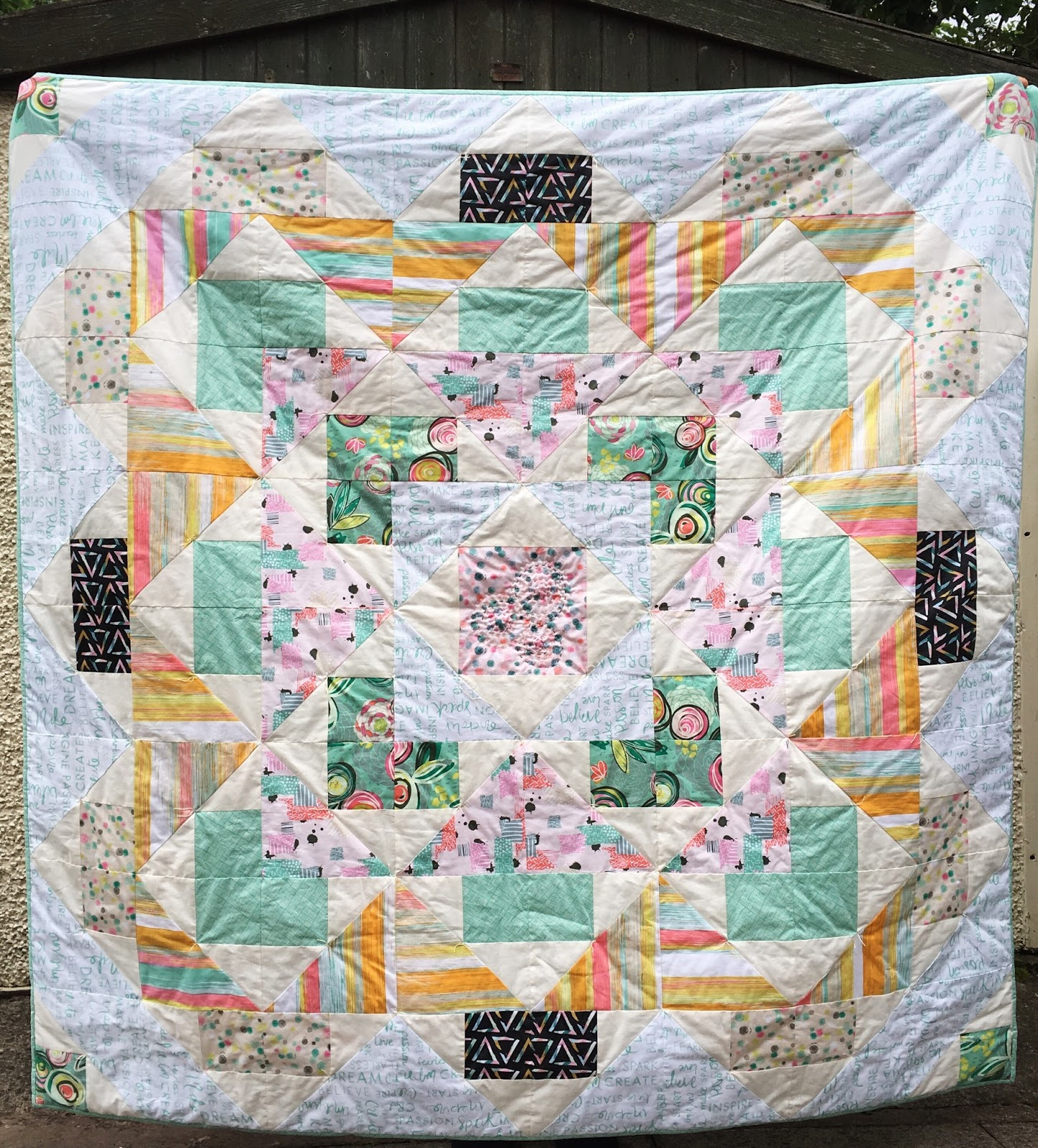Palisades Quilt & FREE Pattern from Fat Quarter Shop! / charm about you