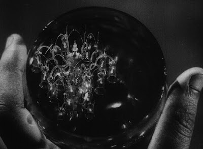 Jalsaghar: Glass chandelier's reflection in Huzur's drink, Jalsaghar aka The Music Room (1958), Directed by Satyajit Ray