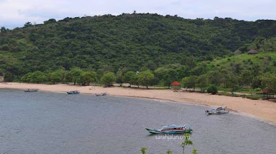 Wisata Lombok Pantai Pink