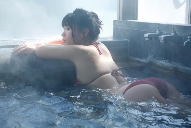 星名美津紀 Hoshina Mizuki Bikini At Onsen Wallpaper HD 02
