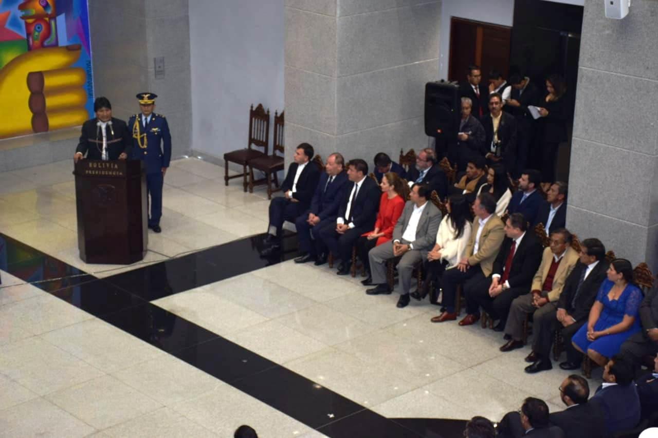 Primer gabinete posesionado en la llamada Casa Grande del Pueblo / RODRIGO SALAZAR