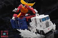 Transformers Kingdom Ultra Magnus 79