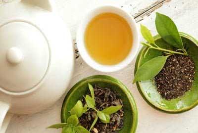 Green Tea: मोटापा कम करने के लिए घरेलू उपाय
