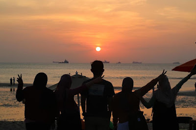 Pantai Glory Melur