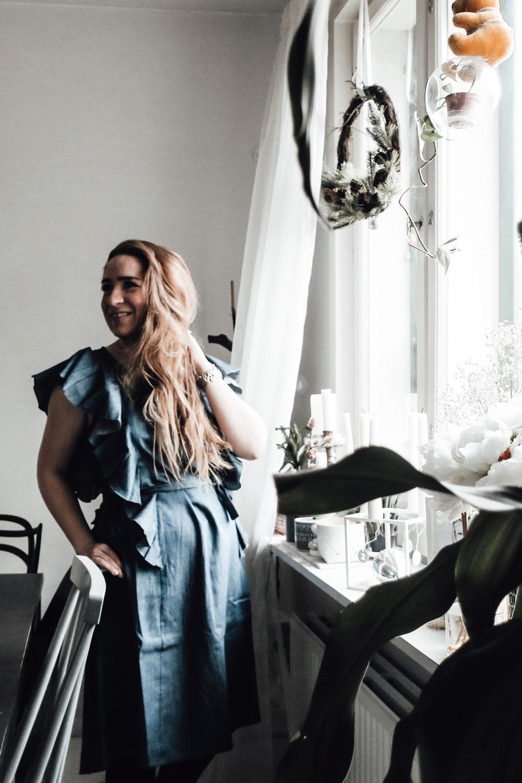 Introducing the most beautiful Nordic ruffle breastfeeding & nursing friendly dress elisabeth rundlof