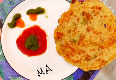 Pancake made with healthy Jowar,Oats,Besan and bread