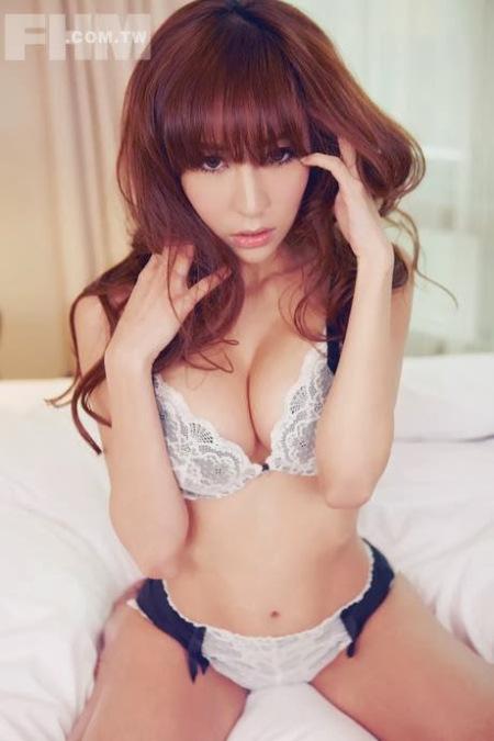 model wanita asia sexy