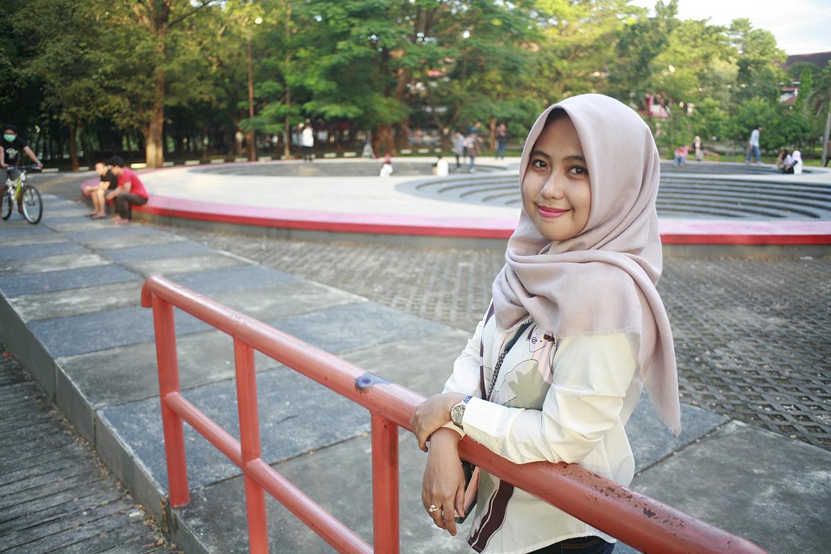 jasa fotografer makassar cewek masni dan hijab hunting bareng di Unhas