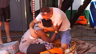 Lebih dari 800 Migran di Italia Diselamatkan di Laut