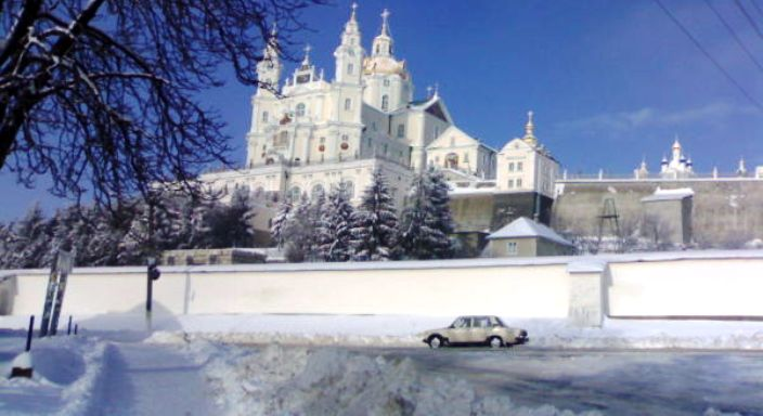 У Почаєві люди вимагають більше маршруток у вечірній час