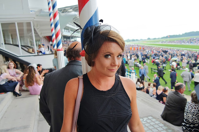 fascinator for the races