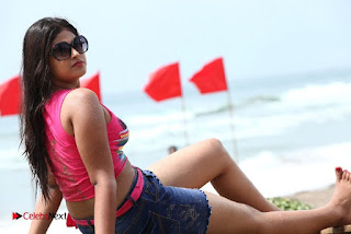 Konala Irundalum Ennodadhu Movie Stills  0011