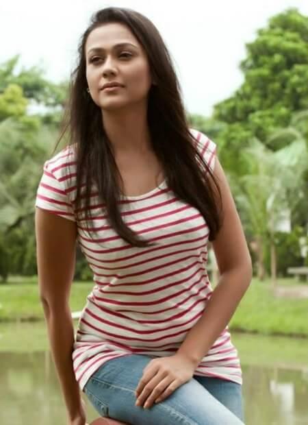 Airin Sultana Photos