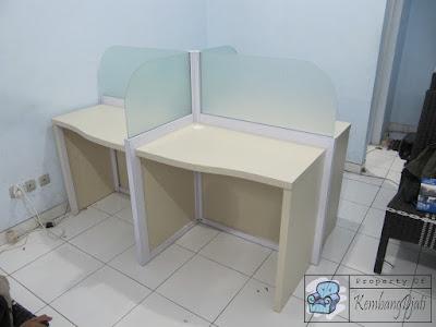 Meja Partisi Kantor 4 Staff Termurah + Furniture Semarang ( Cubicle Workstation )