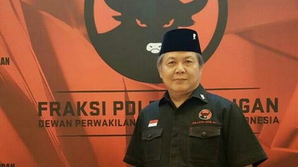FX Rudy Sebut Ganjar Layak Capres, Senior PDIP: Keputusan Ketum!
