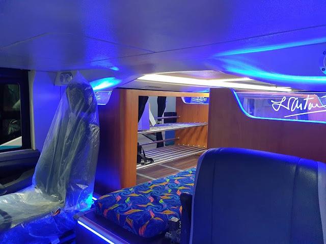 Interior Bus Tingkat Legacy Sky