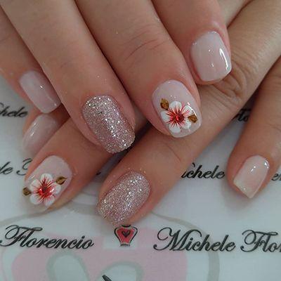 decoração de unhas com flrores