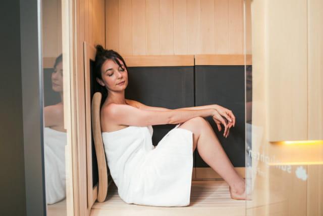 Infrared sauna là gì ? Chúng có giúp giảm cân không