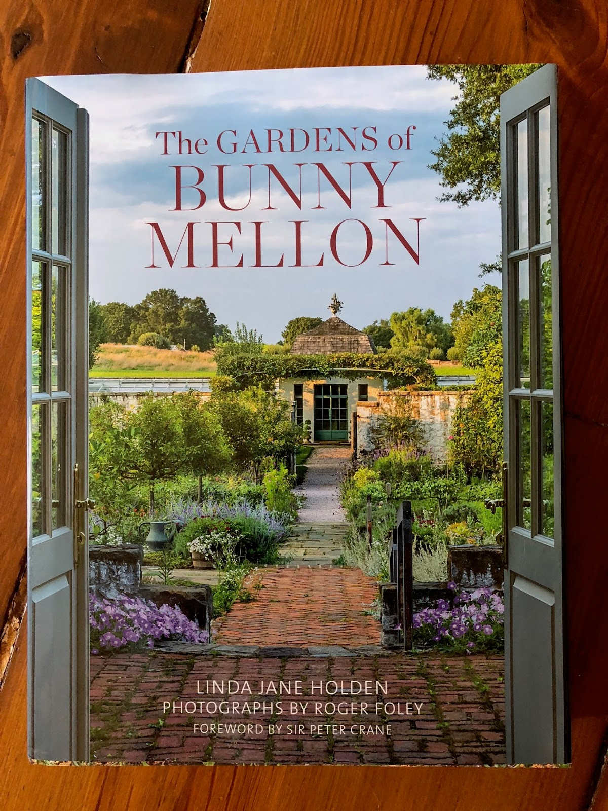 The Gardens of Bunny Mellon Book Review