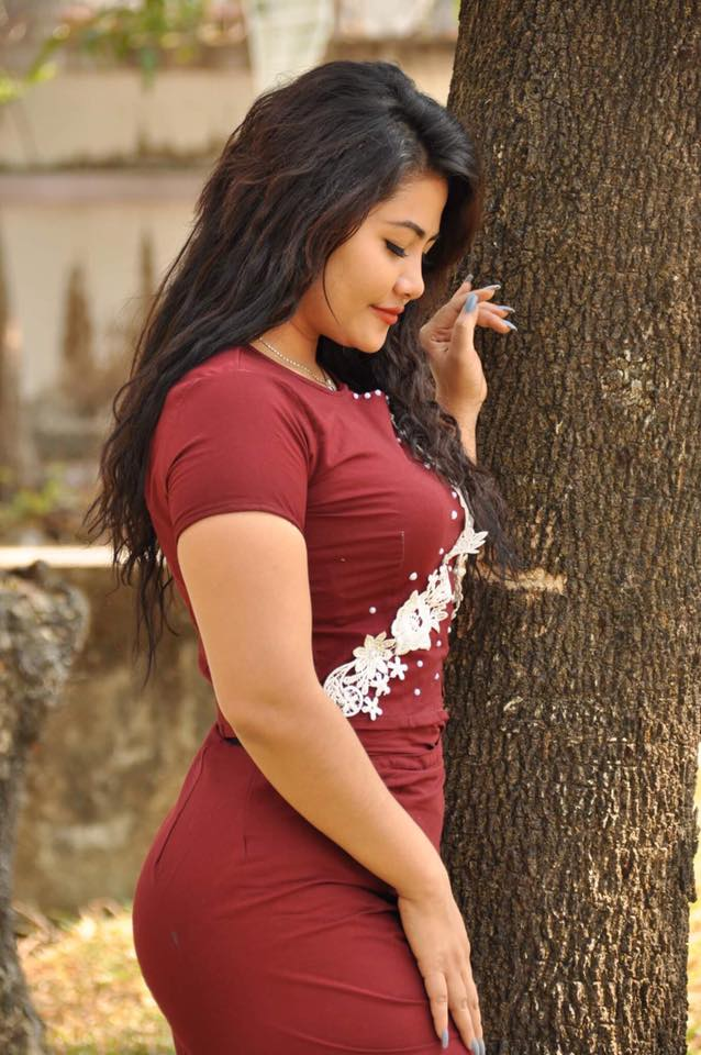 Model May Pan Chee In Myanmar Outfit - Burmese Actress And -3920