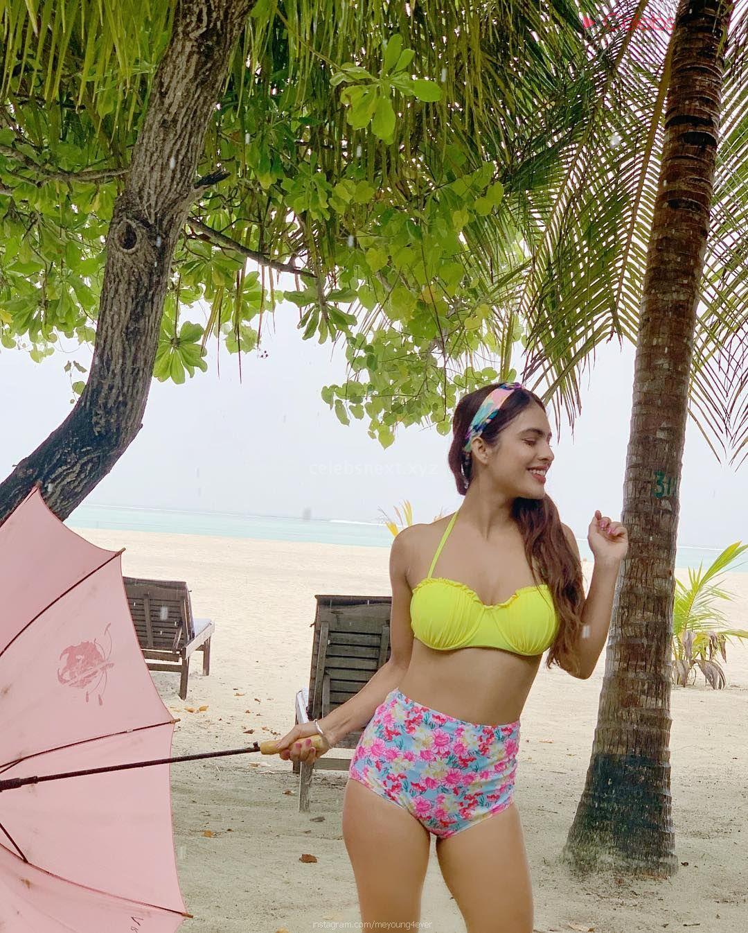 Neha Malik in Yellow Bikini Beautiful Actress Model in Spicy Yellow Bikini Pics CEleBsNext.XYZ Exclusive