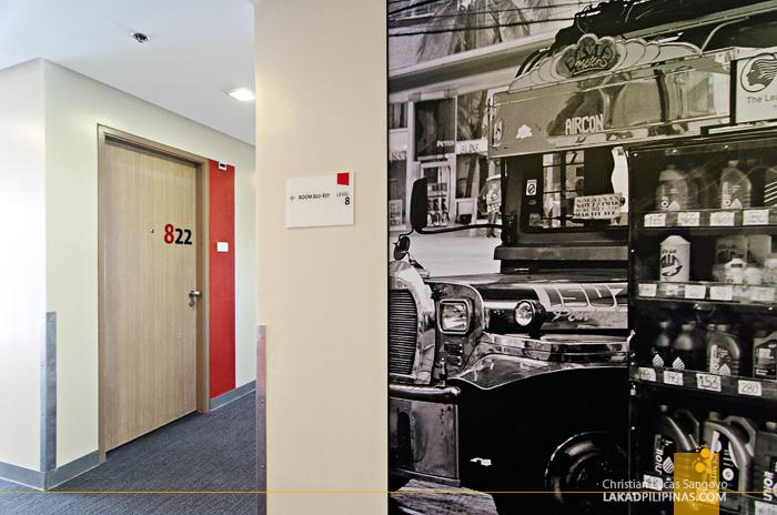 Red Planet Makati Amorsolo Hotel Hallway