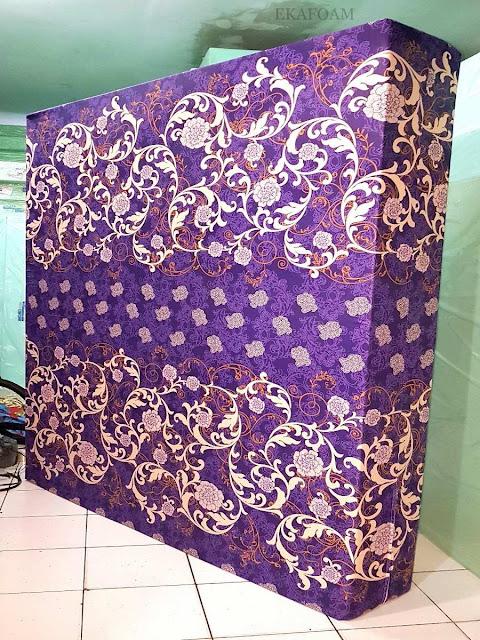 Kasur inoac motif batik venus ungu
