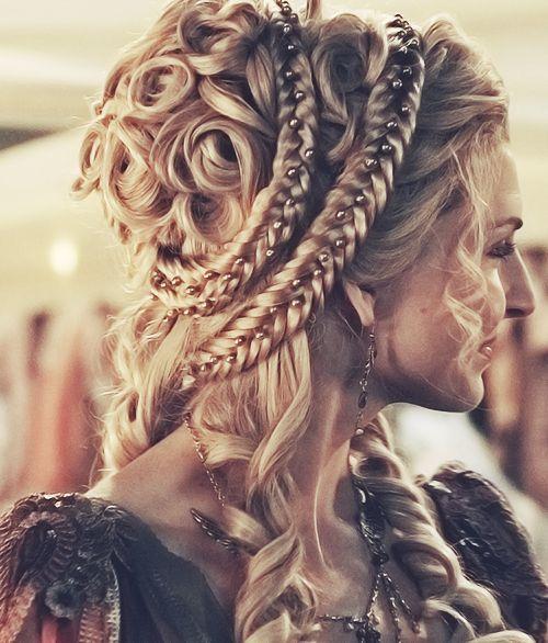 Impressive Renaissance hairstyles  The HairCut Web