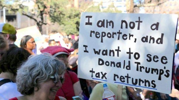 Estadounidenses marchan hoy para exigirle a Trump que revele sus impuestos