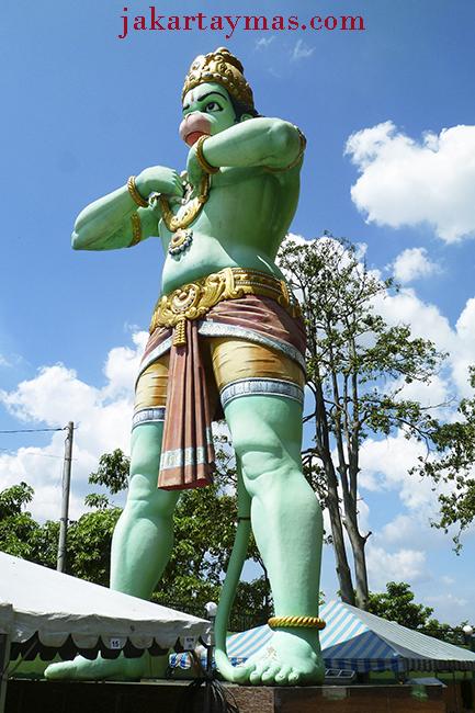 Hanuman, el dios mono en Batu Caves