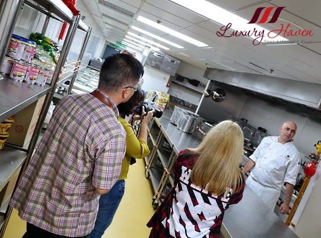 doubletree hilton jb kitchen tours