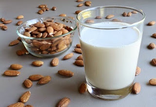 8 Manfaat Susu Almond (Bagian Pertama)