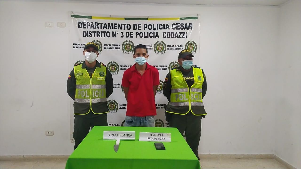 https://www.notasrosas.com/Policía Cesar captura en La Jagua de Ibirico, a ciudadano extranjero, por hurtar un celular