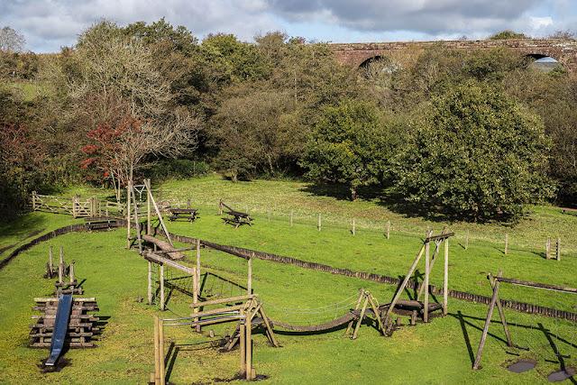 Keekle Viaduct & Childrens Play Park