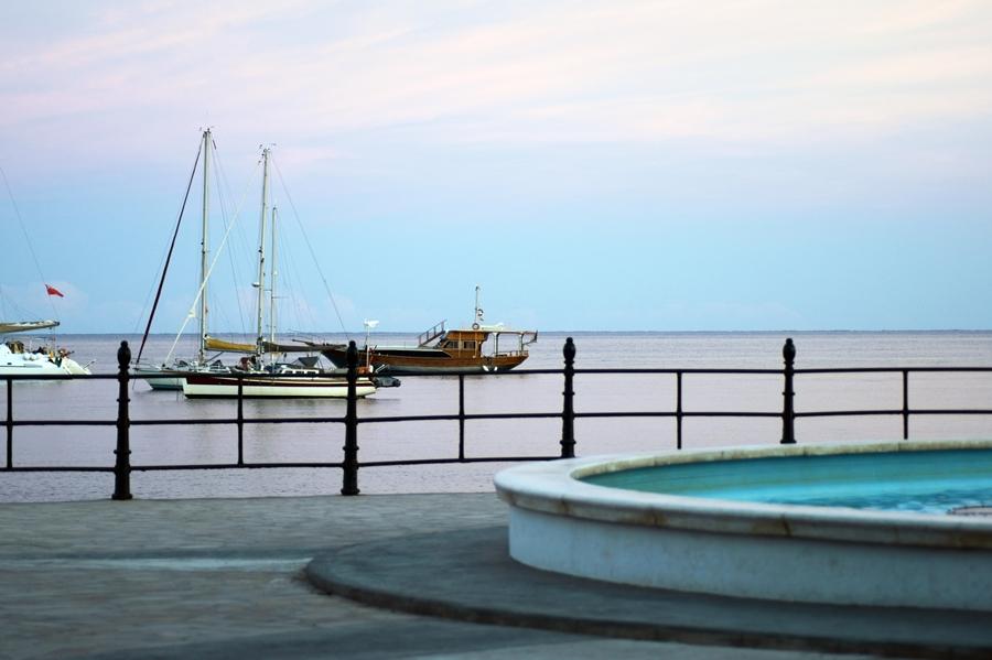 Blog + Fotografie by it's me! - Reisen - La Isla Blanca Ibiza, Santa Eularia - blaue Stunde am Meer
