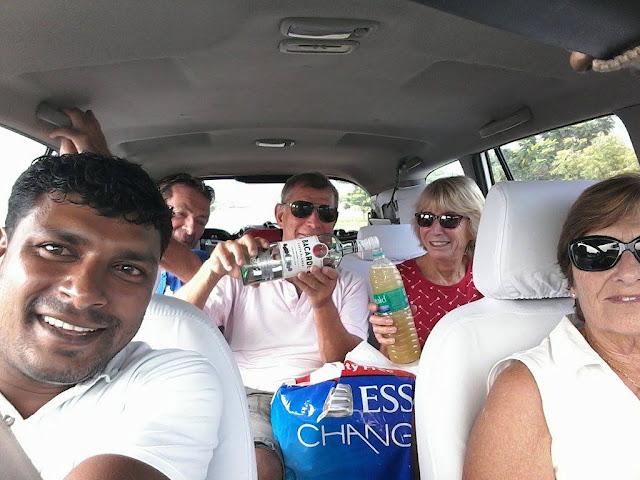 chauffeur parlant français inde