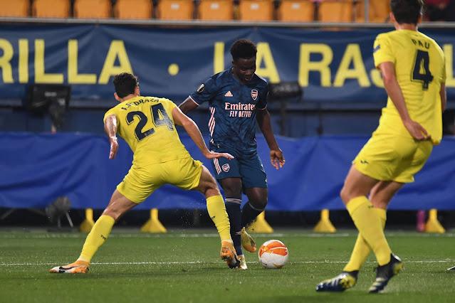 Bukayo Saka in action for Arsenal vs Villarreal in the Europa League