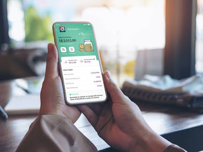 Source: Singtel. Dash EasyEarn is a fully-digital insurance product. Customers can purchase, top-up and make withdrawals on their Dash EasyEarn plan via the Singtel Dash app on their mobile phone.