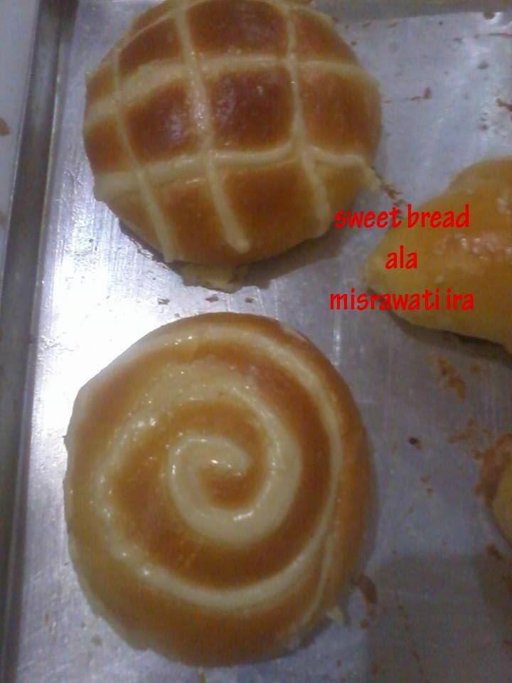 Resep Roti special ala bakery oleh Misrawati ira Resep Roti Bakery Sweed Bread, Chicken Cup Bread dan Filiing Roti Boy