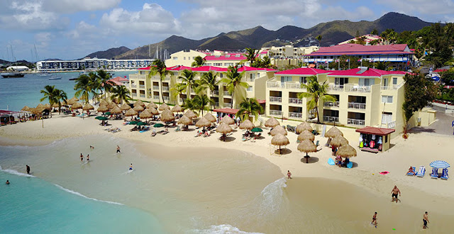 Simpson Bay Beach Resort and Marina in Sint Maarten offers 272 spacious and fully equipped suites and 83 two-bedroom villas accommodating up to six people in Simpson Bay.