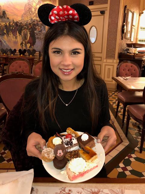 kelly fountain, Disneyland paris, desserts, fashion