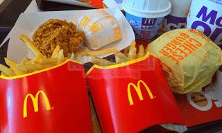 Makan di McDonald's menggunakan Voucher