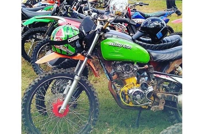 Honda CB Diubah Jadi 'Avanza
