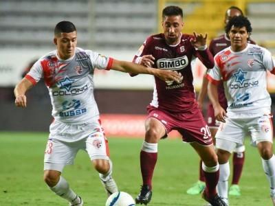Santos tuvo una visita difícil este domingo ante el Deportivo Saprissa