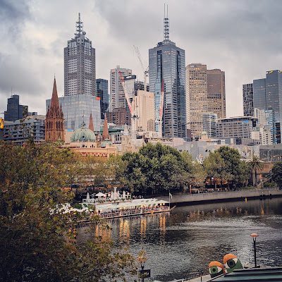 Melbourne weekend: views of the Melbourne CBD across the Yarra River