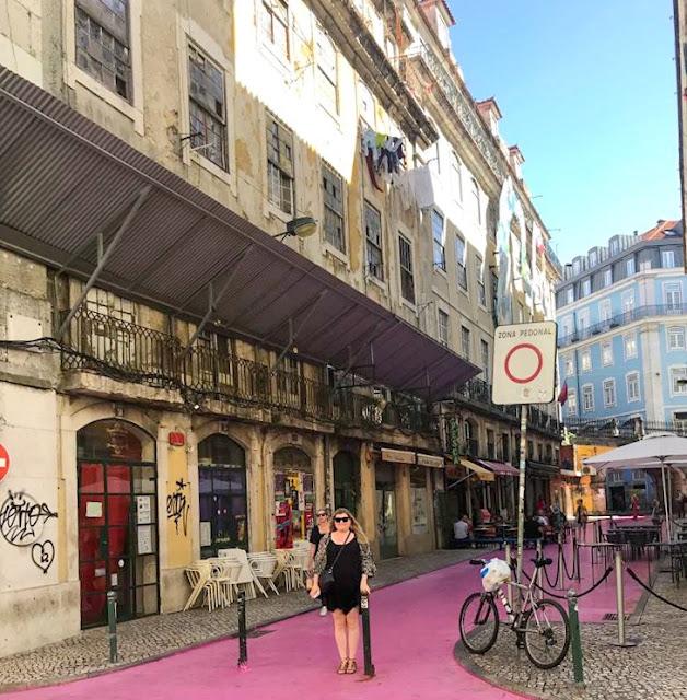SweetieSal on Pink Street Lisbon