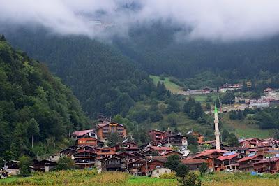 Uzungol lake_Trabzon_ici-colo.ro