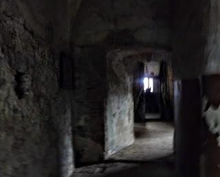Замок Сент-Міклош. Таємничий і загадковий