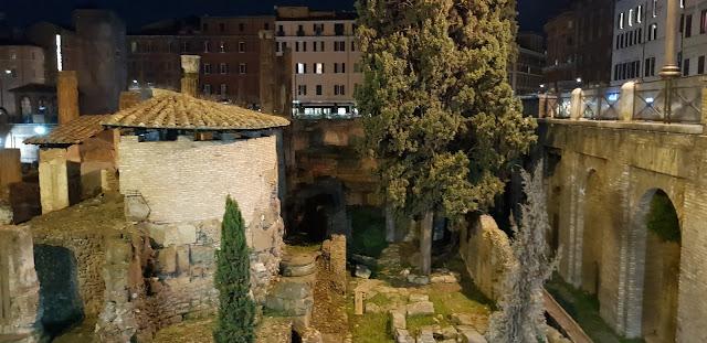 Area Sacra Largo Torre Argentina, Roma, Italia, Italy, Historia, Blog de Viajes, Travel Blog, Elisa N